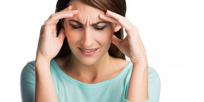 lady-with-headache